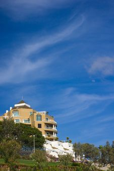Free House Against Beautiful Sky Stock Images - 5487234