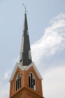 Free Steeple And Sky Royalty Free Stock Images - 5487779