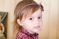 Free Portrait Of A Little Girl With Bow Knot On Head Stock Images - 5489454