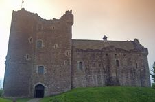 Free Front View Of The Scottish Castle Stock Images - 5489754