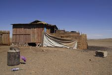 Free Remote Dwelling Place In Mongolia Stock Photography - 5491032