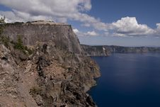 Free Rocks On Crater Lake In Oregon, USA Stock Images - 5491614