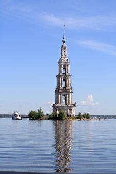 Free The Belfry Among Water Royalty Free Stock Photos - 5497248