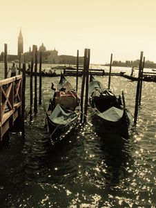 Free Gondolas In Venice Royalty Free Stock Images - 5497299