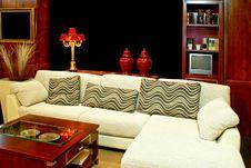 Free Senior Sitting Area Royalty Free Stock Images - 5498259