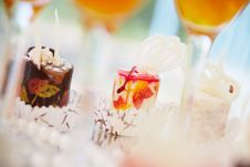 Free Two Canape Cakes Stock Images - 5498394
