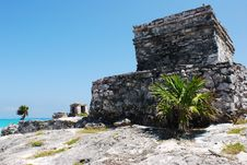 Free Tulum Archaeological Site Royalty Free Stock Photo - 5499445