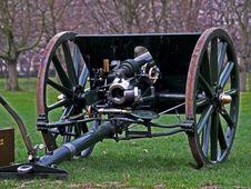 Free War Gun Royalty Free Stock Images - 553629