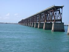 Free Old Seven Mile Bridge Royalty Free Stock Photos - 553848