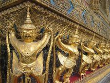 Free Grand Palace Statues Stock Photo - 554130