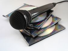 Free Mic Royalty Free Stock Photo - 557585