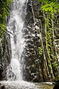 Free Pisang Waterfall Royalty Free Stock Photos - 5500238