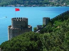 Free Ancient Castle On The Bosphorus Stock Image - 5500371