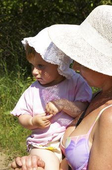 Grand Daughter And Grandmother In A Hat Royalty Free Stock Image