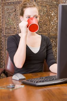 Free Woman Working On PC Keyboard And Mouse. Stock Image - 5508461