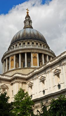 Free St Paul Cathedral Royalty Free Stock Images - 5508499