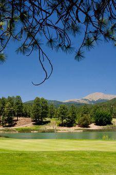 Free Gorgeous Golf Course In Arizona Stock Photo - 5508660