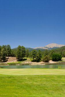 Free Gorgeous Golf Course In Arizona Stock Photography - 5508662