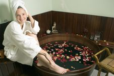 Free Woman Relaxing At A Spa - Horizontal Royalty Free Stock Image - 5509806