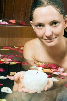 Free Woman Relaxes In Spa Tub - Vertical Royalty Free Stock Photo - 5509865