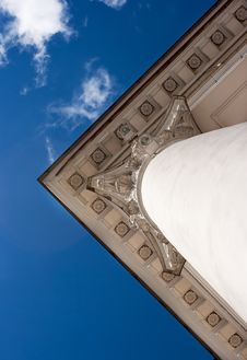 Free Fragment Of The Roof Of The Old Building Royalty Free Stock Image - 55065776