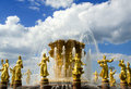 Free Golden Fountain Royalty Free Stock Images - 5511699