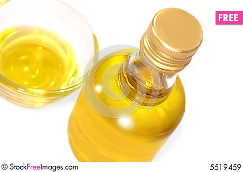 Free Olive Oil Royalty Free Stock Images - 5519459