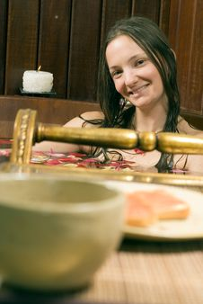 Free Woman Smiles And Relaxes In Tub - Vertical Stock Photography - 5510422
