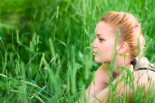 Free Woman In The Park Royalty Free Stock Photos - 5512288