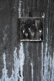 Free Decaying Mains Switch Royalty Free Stock Images - 5512689