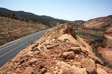 Free Road Through North Arizona Stock Photo - 5514840