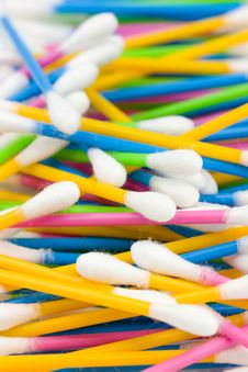 Free Cotton Swabs Royalty Free Stock Photo - 5515175