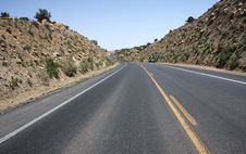 Free Road Through North Arizona Royalty Free Stock Image - 5515536