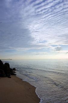 Free Ocean Morning Pier Stock Image - 5515681