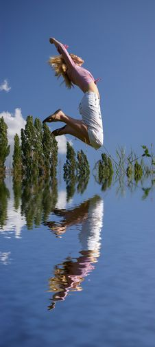 Free Woman Jumping Stock Photos - 5516113