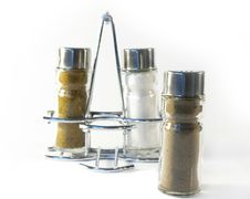 Free Salt And Pepper On A White Background Stock Photo - 5516630