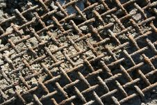 Free A Rusty Grid Royalty Free Stock Images - 5516919