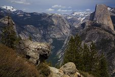 Free High Country View Of Half Dome Royalty Free Stock Image - 5518076