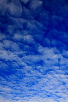Free Sky And Small Clouds Stock Photos - 5520483