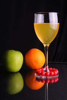 Free Fruit Juice Royalty Free Stock Photography - 5520497