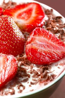 Free Strawberry Royalty Free Stock Photography - 5520897