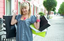 Free Beauty Shopping Blonde Girl Stock Image - 5521011