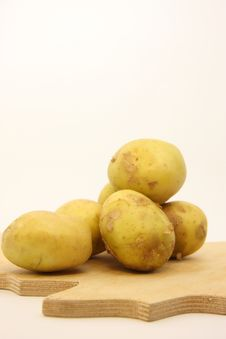 Free Potatoes Royalty Free Stock Images - 5521439