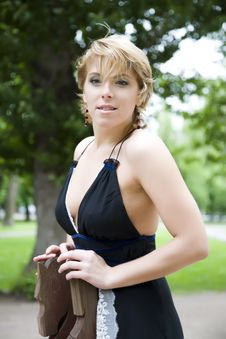 Free Young Woman Portrait Royalty Free Stock Photography - 5526107
