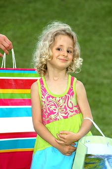 Free Girl With Shopping Bag Stock Photos - 5527163