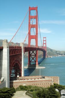 Free Golden Gate Royalty Free Stock Photo - 5527515