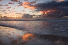 Free Dramatic Sunrise Stock Image - 5528471