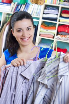 Free Housewife Putting Clothes On Available Space Royalty Free Stock Photo - 5530755
