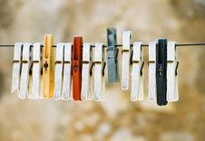 Free Pegs Royalty Free Stock Images - 5532149