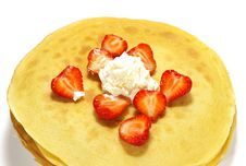 Free Pancakes And Strawberry Royalty Free Stock Photography - 5532407